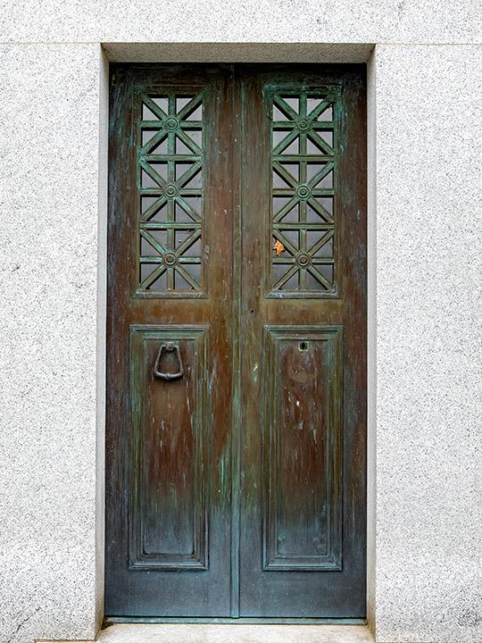 brooks-door
